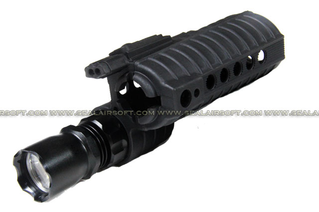 Element eM500A CREE Handguard WeaponLight for M4 (190 Lumens) - EL-EX203