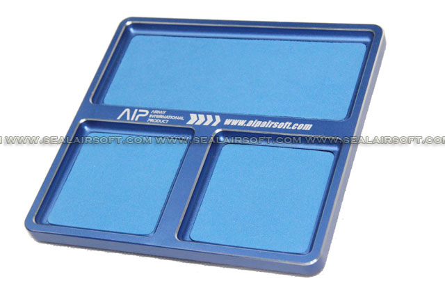 AIP Aluminium Screws / Parts Tray with Magnetic Surface (125x125mm) AIP-AIP008