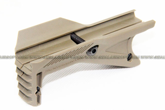 Strike Industries Cobra Tactical Fore Grip (Flat Dark Earth) MB-SI-CTFG-FDE