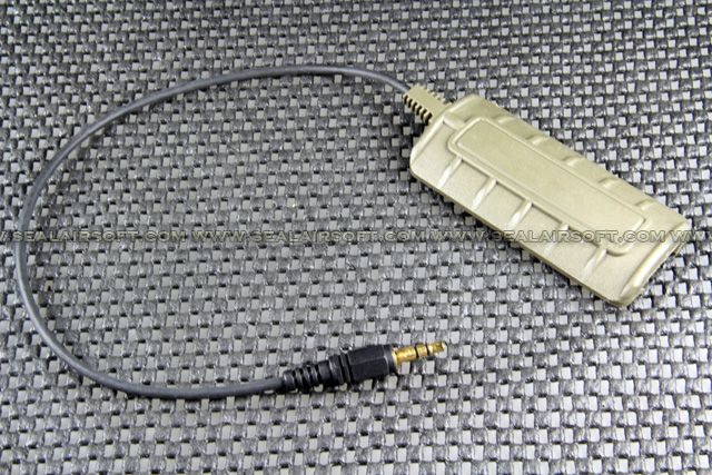 G&P Panel Flashight Switch For PAQ 4 (Olive Drab) GP801O