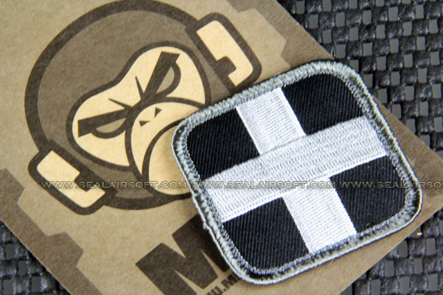 Mil-Spec Monkey Patch - Medic Square 2 Inch PT-099 SWAT