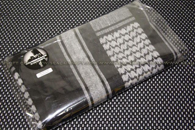 Silverback Airsoft Shemagh XX-Large Arab Scarf (Black / White) SBA-HEG-01BW